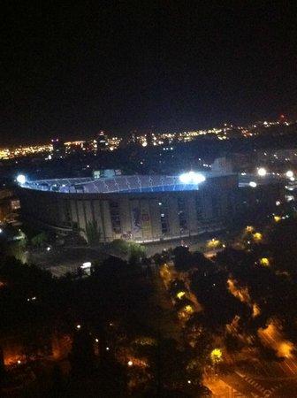 Gran Hotel Princesa Sofia: Vistas desde la habitación al Camp Nou