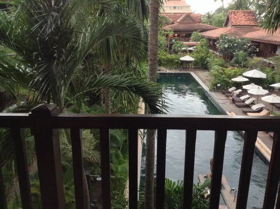 Belmond La Résidence d'Angkor: View from deluxe poolside room