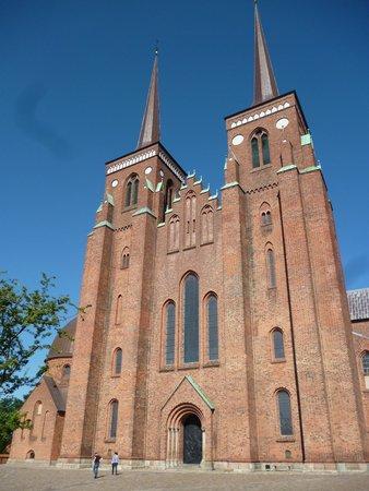 Catedral de Roskilde: Vista da fachada