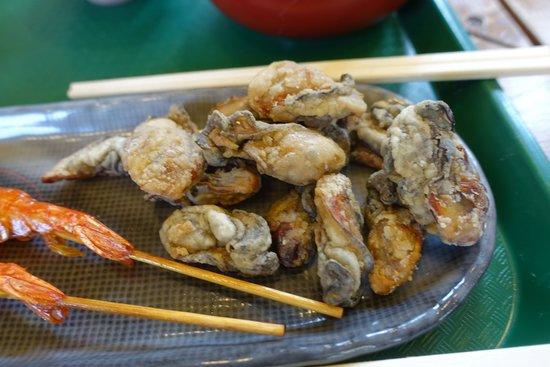 Michinoeki Saroma Lake: 牡蠣のから揚げ