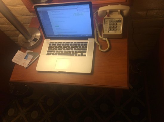 Ramada Santa Barbara: Desk, too small to use for work