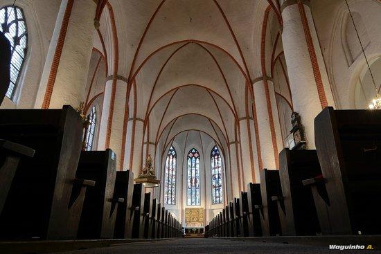 Church of St. Michael: Main hall