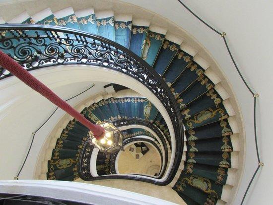 AC Palacio del Retiro, Autograph Collection: Stairwell