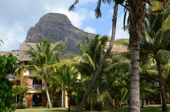 Paradis Beachcomber Golf Resort & Spa: Le Morne