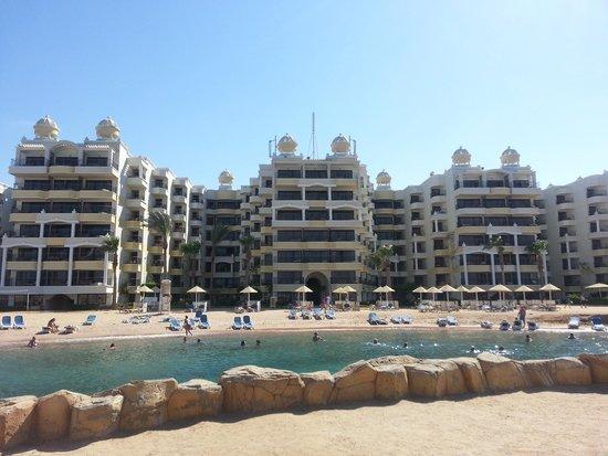 SUNRISE Holidays Resort: Mooie ligging