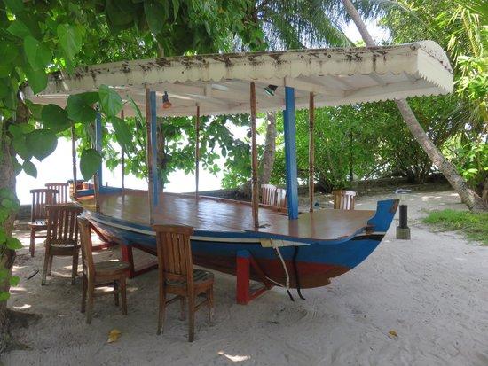 Fihalhohi Island Resort: .