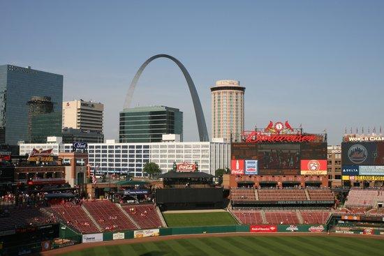 Busch Stadium: View of Gateway Arch (june 2014)