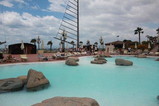 Hotel Sighientu Thalasso & Spa: Piscina
