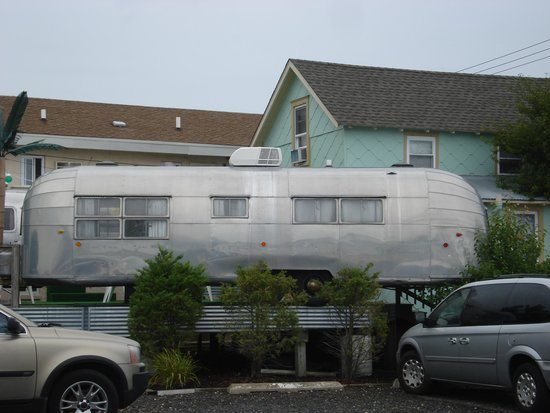 The StarLux Hotel & Suites: Airstream