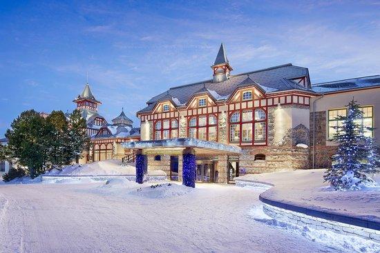 Grand Hotel Kempinski High Tatras : Hotel Entrance