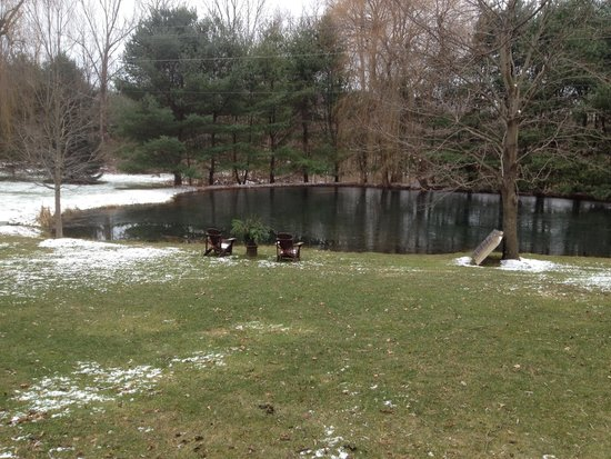 Olde Rhinebeck Inn: Winter View Of Pond from Spirited Dove Room