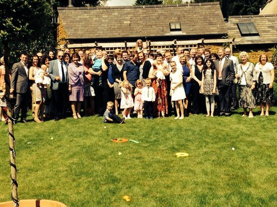 Best Western Plus Banbury Wroxton House Hotel: Celebrating in the enclosed garden!