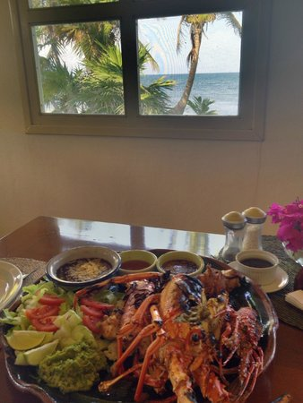 Balamku Inn on the Beach: Lobster Feast