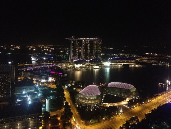 Swissotel The Stamford Singapore: View from our room