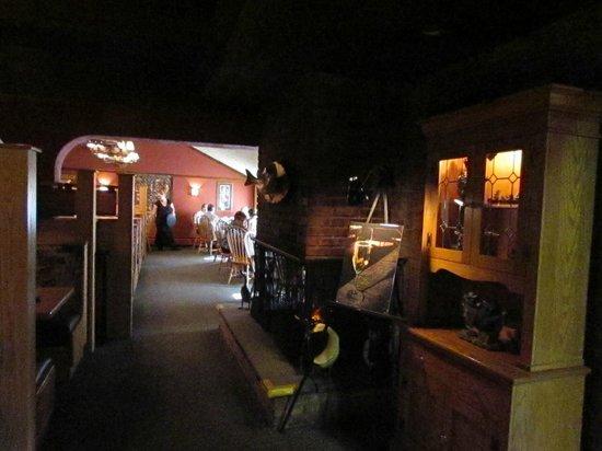 Bennethum's Northern Inn: The interesting decor of Bennethums