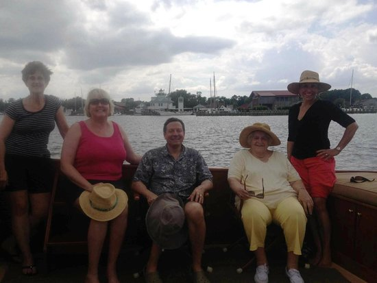 Sail Selina II: Executive committee on Selina II