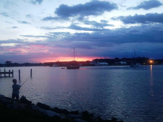 Sail Selina II: Sunset
