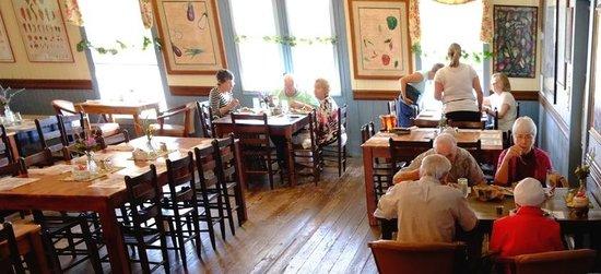 Brazos Belle Restaurant: Dining room