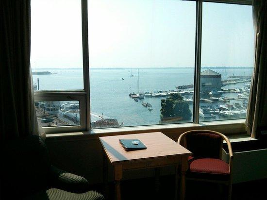 Confederation Place Hotel: Vue chambre 503