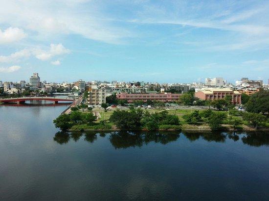 Kindness Hotel - Min Sheng : 河景房所見之運河景色