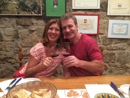 Tuscan Wine Tours - Day Tours : A great wine tasting experience