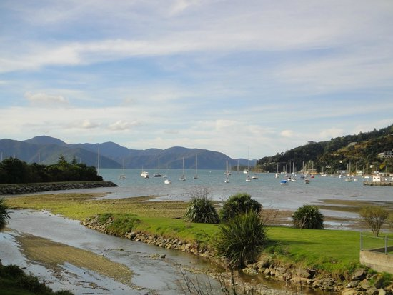 Apartments On The Waterfront Picton: view