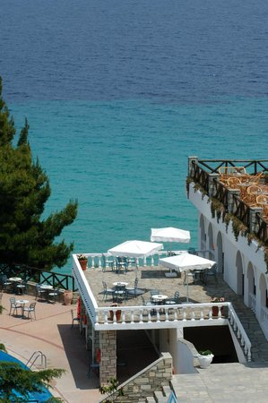Alexander The Great Beach Hotel: Sundeck with amazing Sea & Pool View