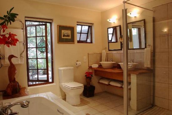 Moontide Guest House : Moonshadow n1 Bathroom