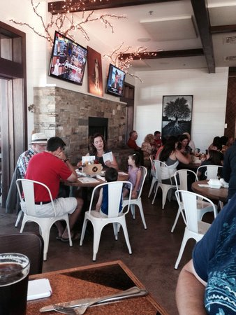 The Stray Dog Bar & Grill: Inside seating