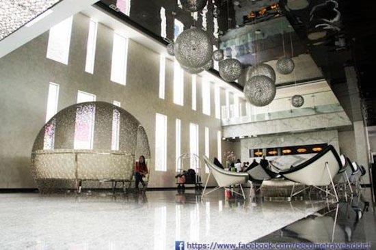 FM7 Resort Hotel Jakarta: Lobby Area