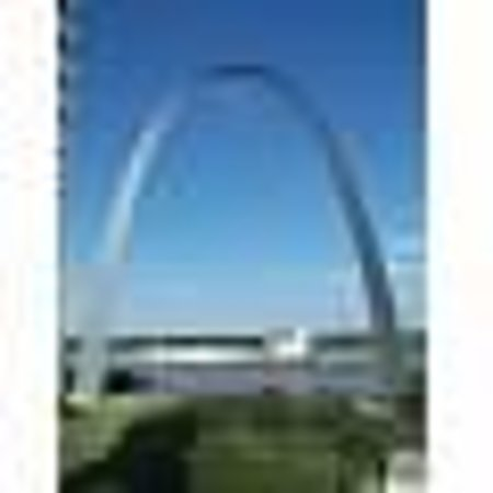 Drury Plaza Hotel St. Louis at the Arch: View of arch from our room