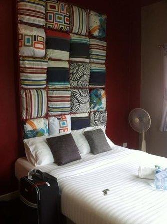 Sea Harmony: Cushy room