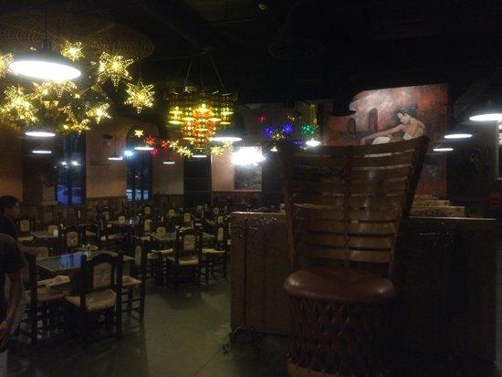 Buenavista Mexican Cantina: Inside restaurant