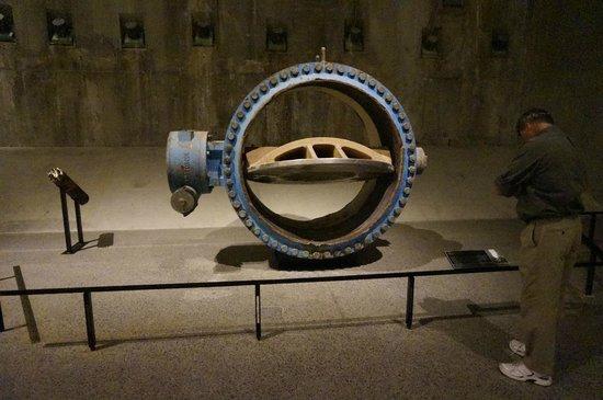 Memorial del 11S: water valve