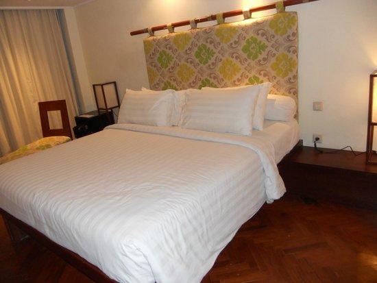 Prama Sanur Beach Bali: dettaglio del letto!