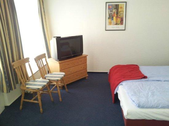 Hotel Belvedere: Zimmer im Nebengebäude