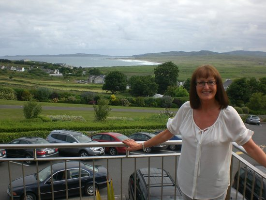 Ballyliffin Lodge & Spa Hotel: View from balcony across Pollen Bay