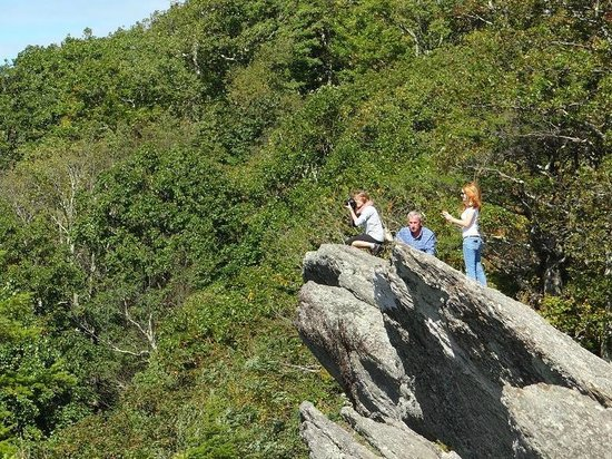 The Blowing Rock: people on the rock