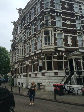 Quentin Amsterdam Hotel : Hotellet set fra vejen