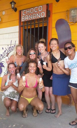 CHICABRAVA Surf Camp: chic brava chicas!