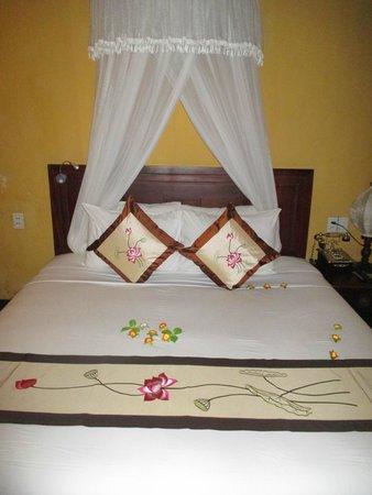 Vinh Hung Heritage Hotel: Lits fait 2 fois par jours