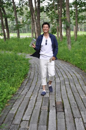 Nakasatsunai Museum : Mr. Takahashi enjoying the Park