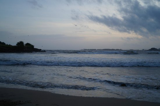 CoCo Bay Unawatuna: View Across to Galle