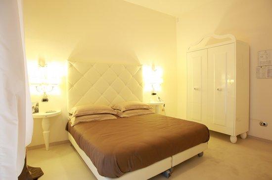 Hotel Columbia Wellness & SPA: camera 2° piano