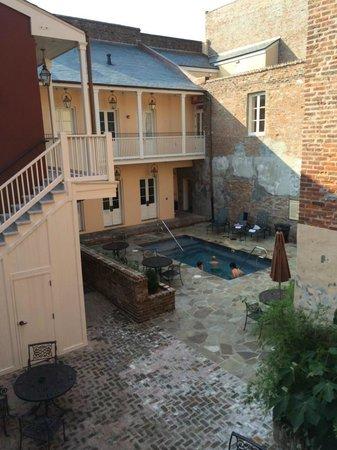 French Market Inn: Courtyard/Pool