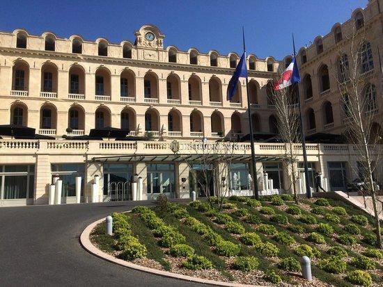 InterContinental Marseille - Hotel Dieu : Entrée de l'hôtel