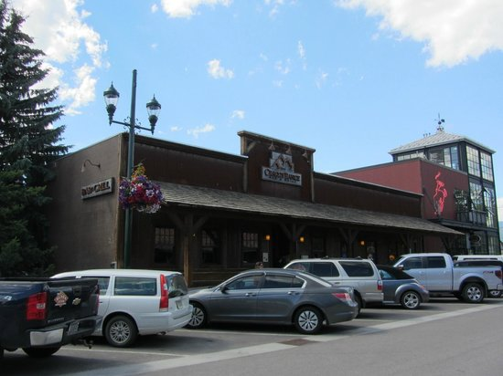 Craggy Range Bar & Grill: View from across the road