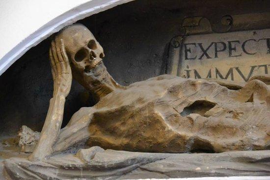 Monasterio de San Juan de los Reyes: Detalhe na entrada