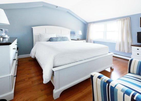 The Edgewater Inn: Room 47