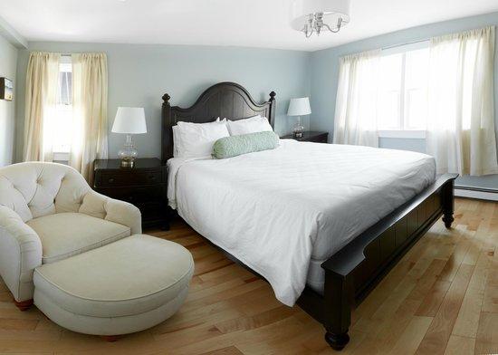 The Edgewater Inn: Room 45